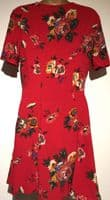 URBAN OUTFITTERS RED FLORAL BUTTON TUNIC DRESS BNWT SIZES 8-14